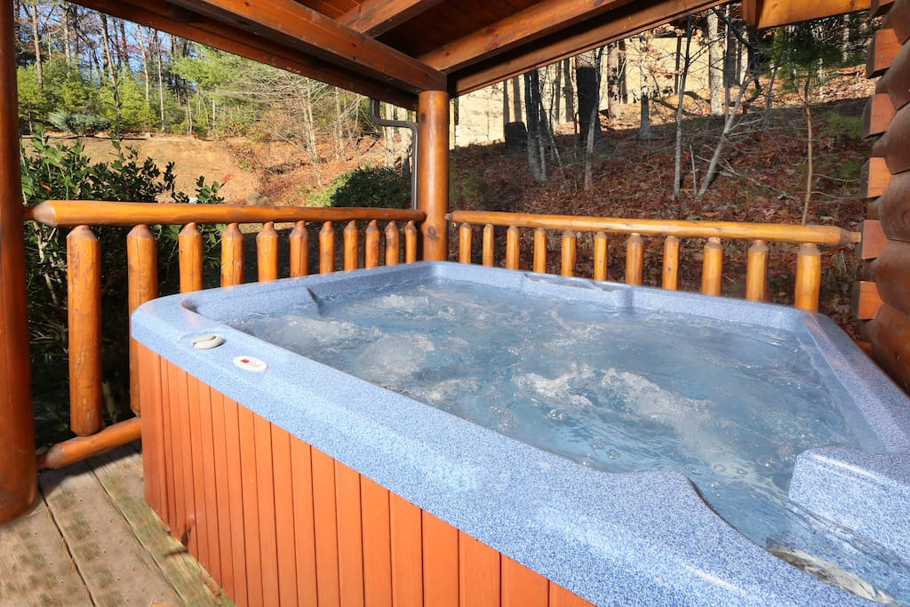 A Little Slice of Heaven-Hot Tub