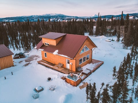 Denali Bear Cabin w/Hot Tub, Entire Cabin, Private