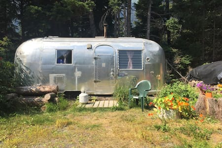 Airstream in Girdwood, Alaska - Anchorage