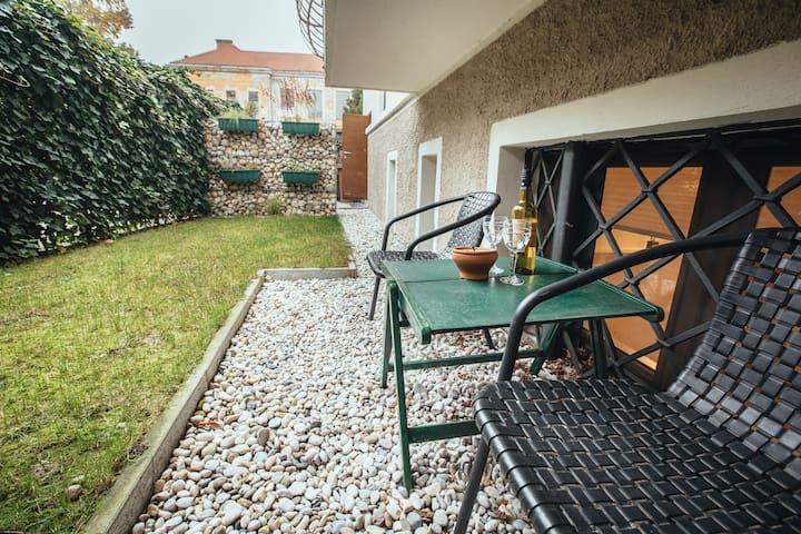 Peaceful cozy apartment in the city centre - Ljubljana - Apartment