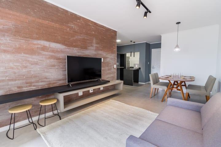 Lindo apartamento mobiliado no Itaim Bibi - I048
