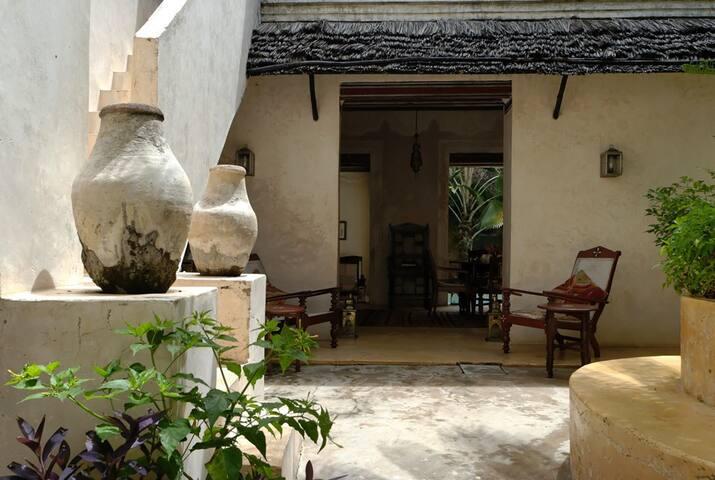 Lamu Poolhouse, historic home, large pool, gardens