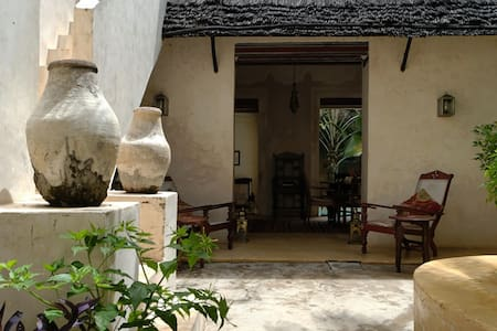 Lamu Poolhouse, historic home, large pool, gardens