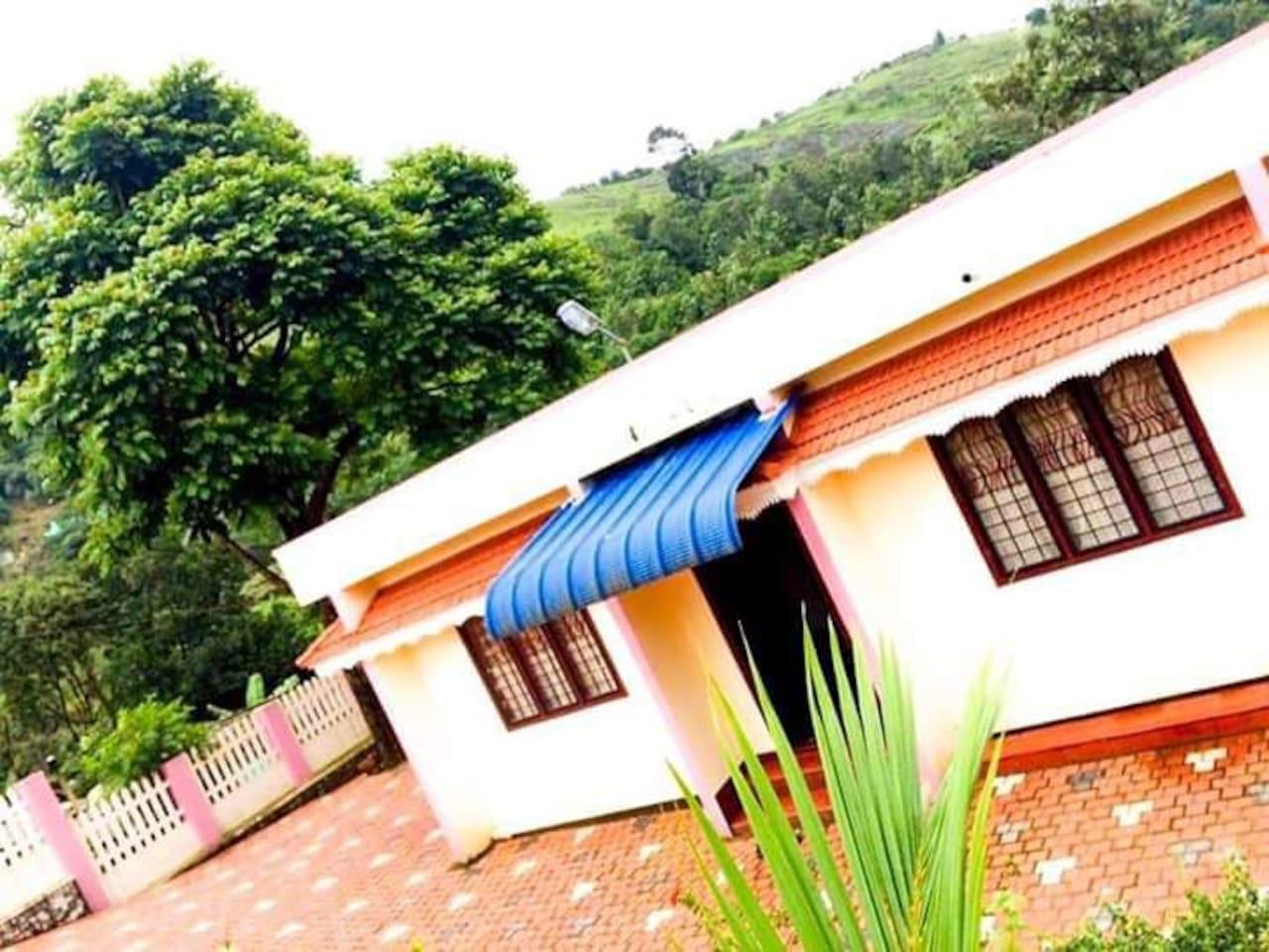 Jolly Homes