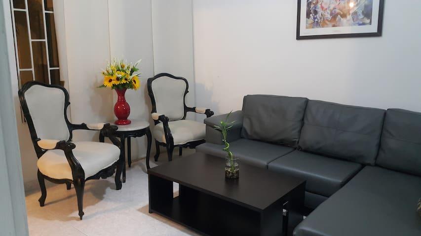 Habitación Privada, cómoda con Aire Acondicionado. - Barranquilla - Hus