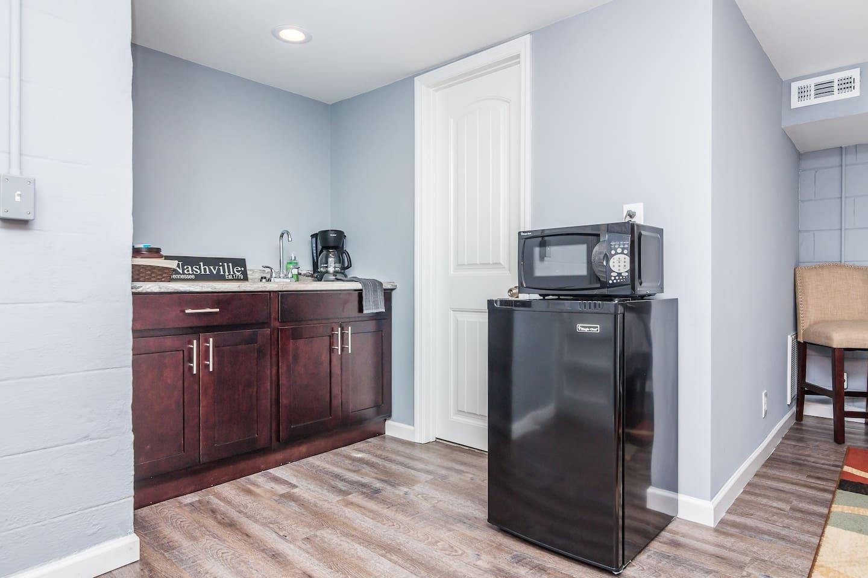 Private Studio Retreat - Guest suites for Rent in Nashville ...