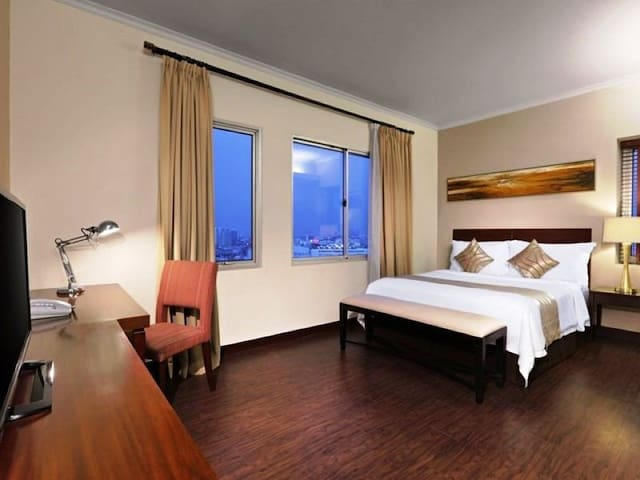 1BR APARTMENT 15mnt TO ANCOL incl B'FAST