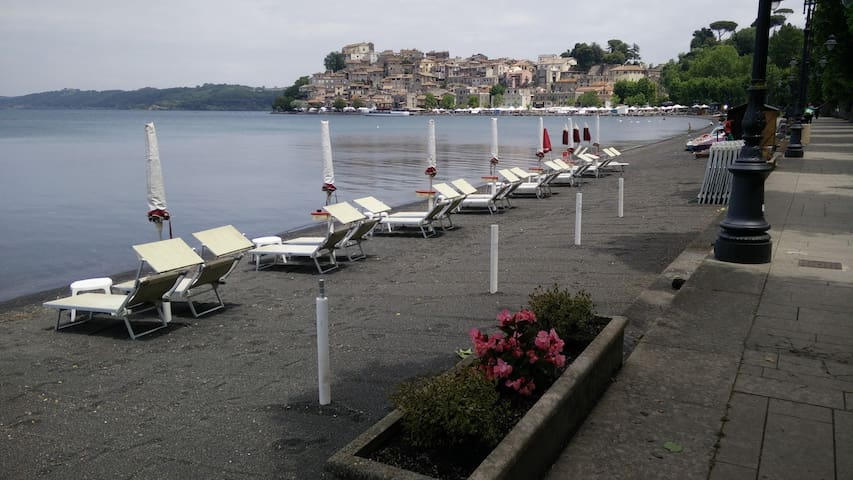 Fisherman's house on the lake near Rome - Anguillara Sabazia, Roma - Apartamento