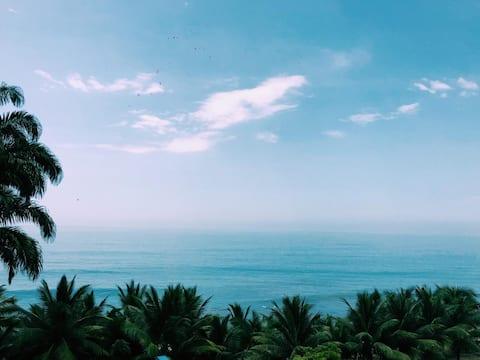 Amplia suite con vista al mar