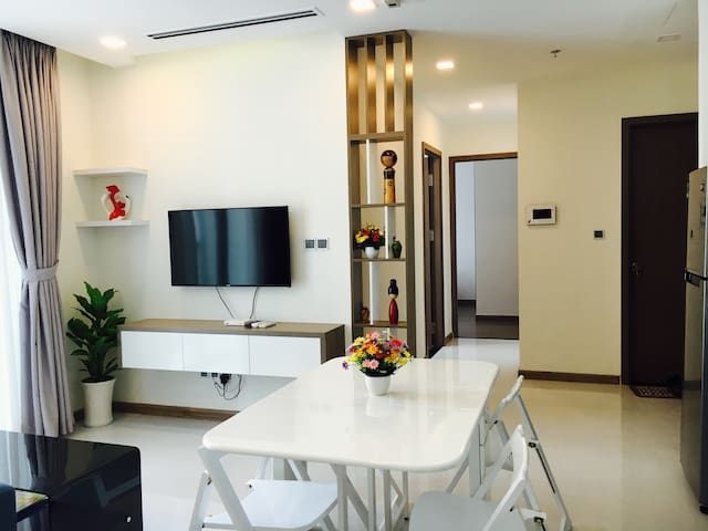 Saigon Center_Vinhomes Central Park 2BR Apartment - VN - Apartment