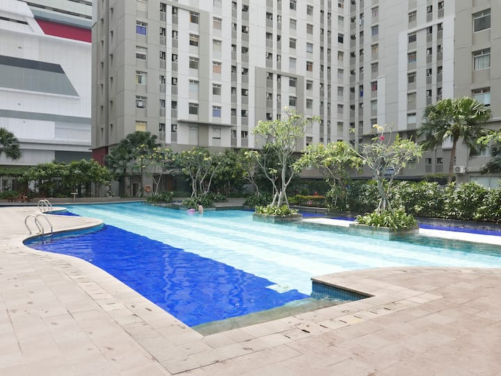 Near Airport, Above Mall Budget 2BR Apartment