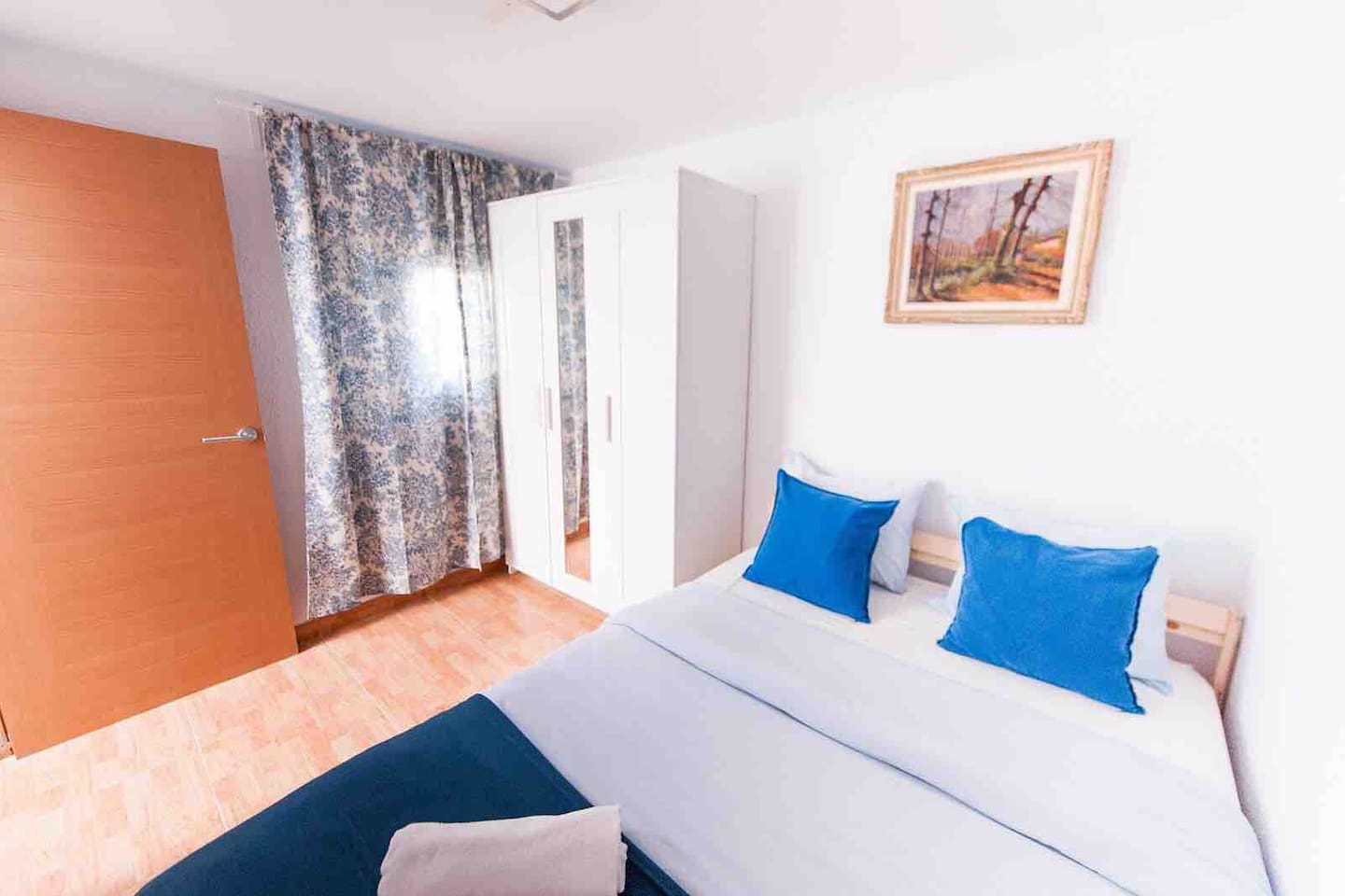 Your private room with double bed. The bedroom's door has a lock.