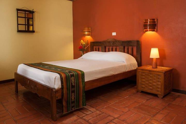 Economy Room | Arenal Lodge