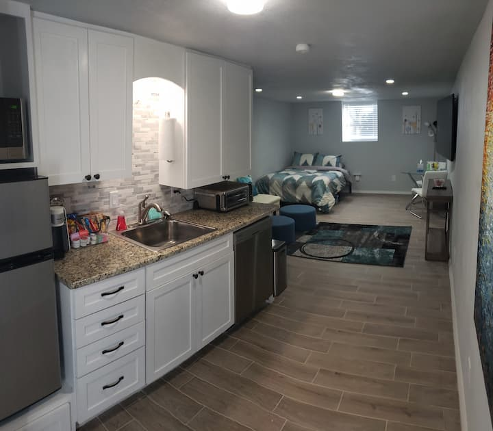 Newly constructed modern studio apartment in Cabot