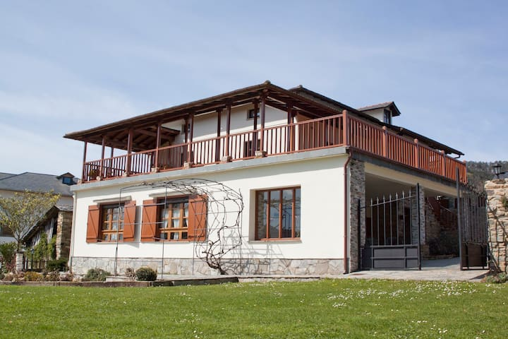 Rural Apartment near Luarca Abad II - San Pelayo de Tahona - Apartment