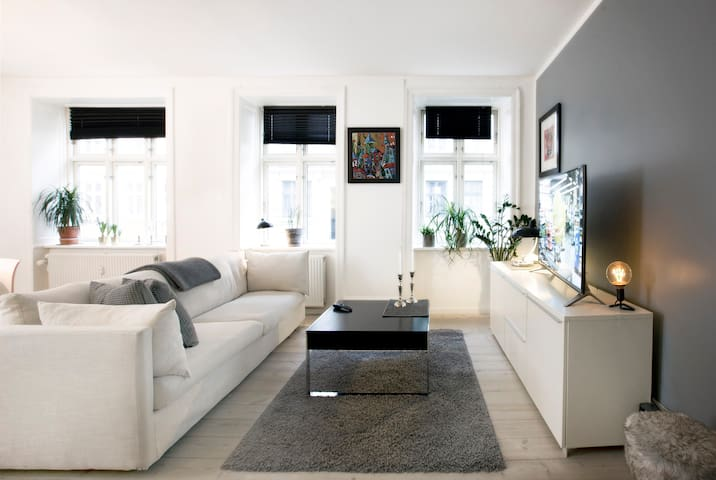 Boheme Area Apartment