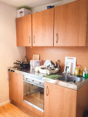 Cooking utensils & facilities all provided.