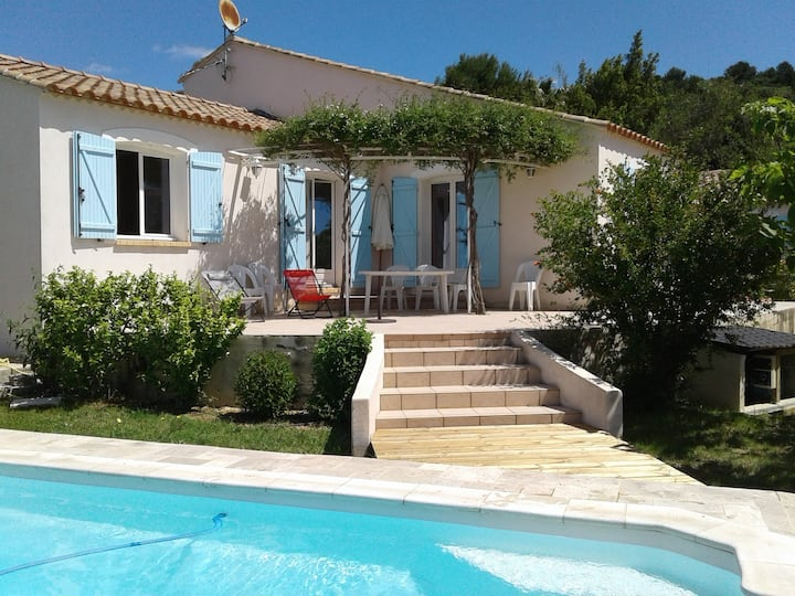 Villa dans village Languedocien
