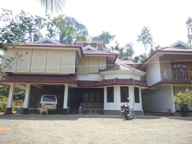 TT Athithi Inn Homestay