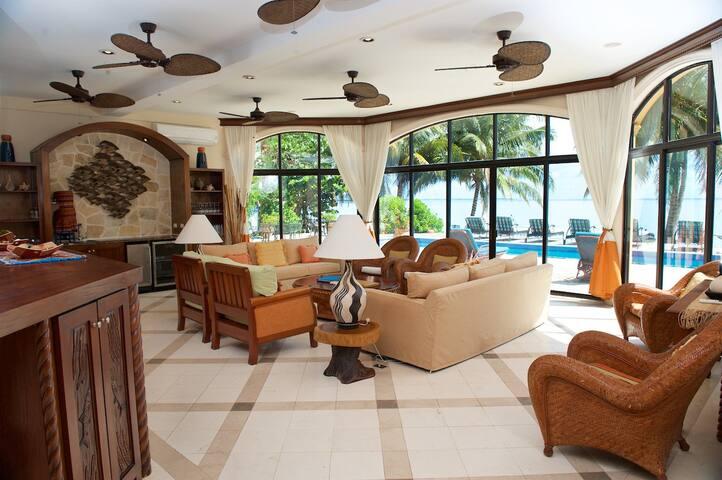 Villa Verano Sunrise Home