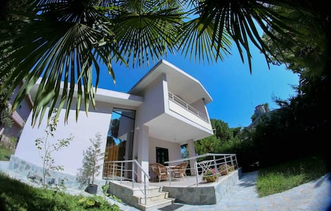 Schöne Villa in Lalzit Bay, Lalzi Bay, Rückseite 1