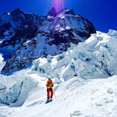 """Central apartment Chamonix or  """"office home away"""""""