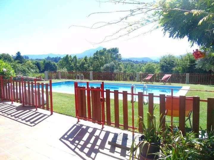 Villa with 4 bedrooms in Fermil, Santa Tecla de Basto, with wonderful mountain view, private pool, enclosed garden
