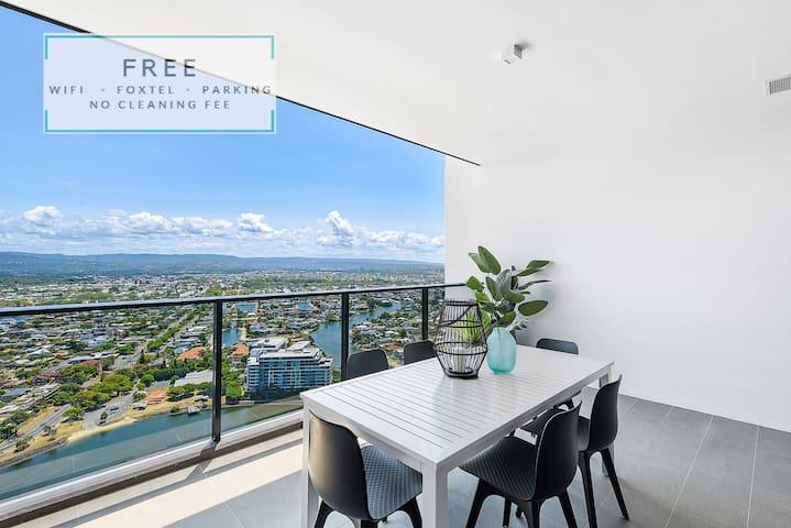 1 Bedroom Apartment in Central Broadbeach + WiFi