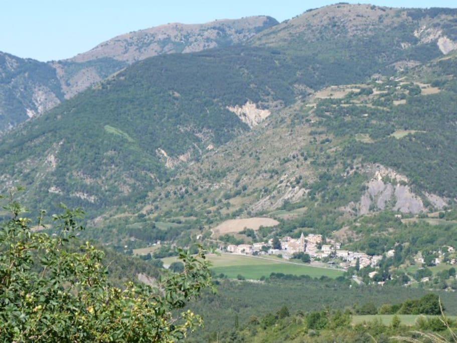 le village de bayons