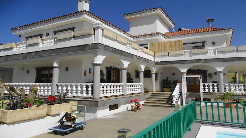 Villa El Salobre
