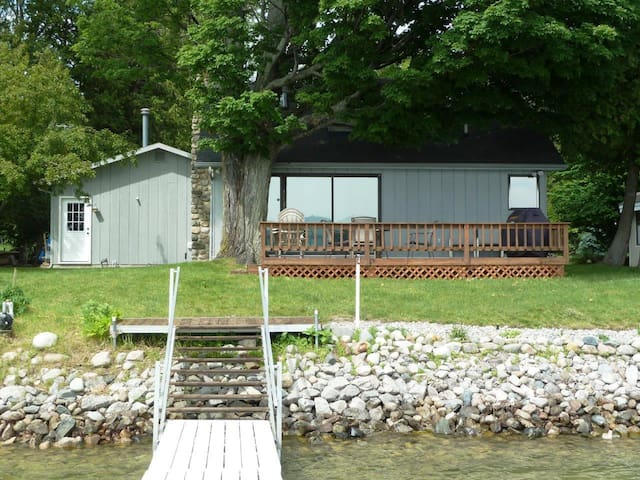 Great cottage on Lake Charlevoix - Boyne City - Ház