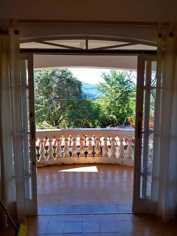 Casa com vista para montanhas de Aguás das Prata.