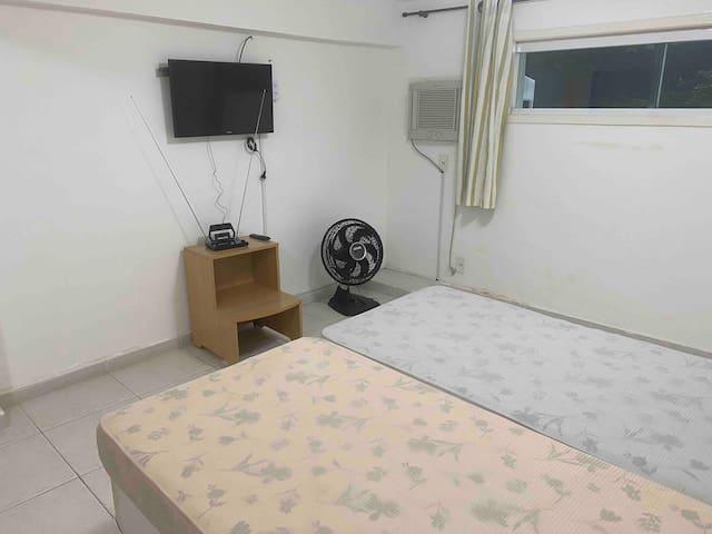 Quarto 3 - subsolo - 04 camas de solteiro ou 01 bicama e 01 cama queen.