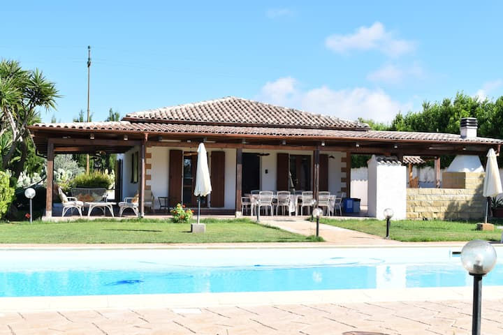 Villa Serena Alghero- Beautiful villa with pool