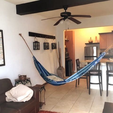 One bedroom, sleeps four, Hato Rey / Rio Piedras