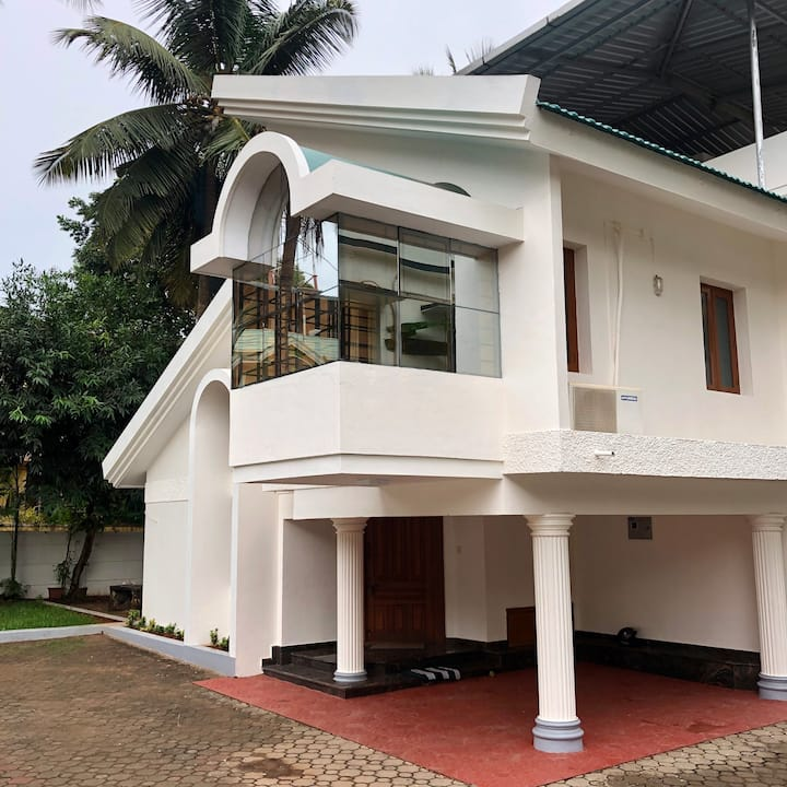 4BHK House Near Forum Mall Perfect for Families