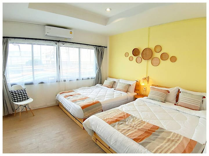 Brand-New A day★minutes walk DMK Airport★2Kingbed