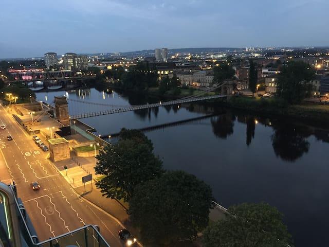 Superbe penthouse Centre ville