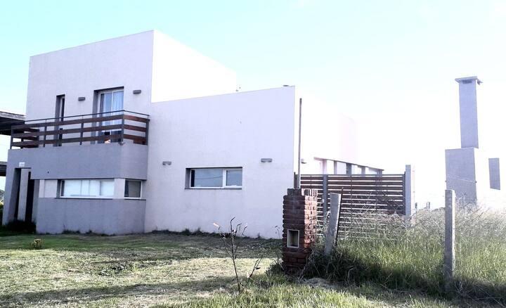 Casa frente al Mar, San Carlos, Acantilados