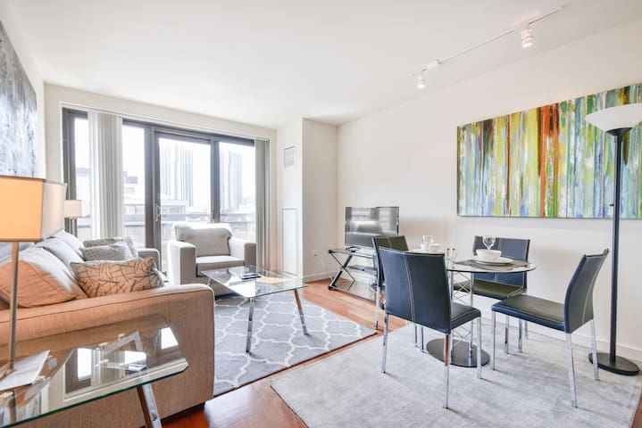 Luxury 1BR | Gym & Sundeck | West End Boston | GLS