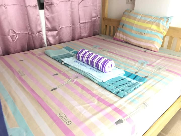 1F #0 Dormitory No.1 bed ( Female ONLY )