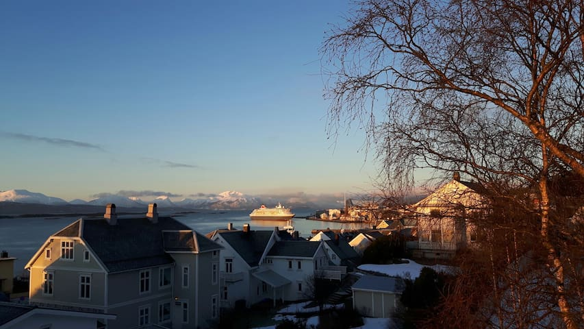 Central appartment in Molde city - Molde