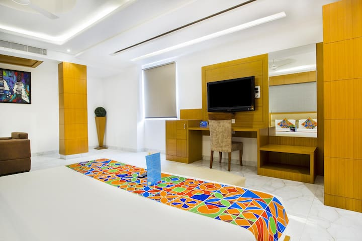 Suite Rooms in Dilwalo ki Dilli | New Delhi Airport |