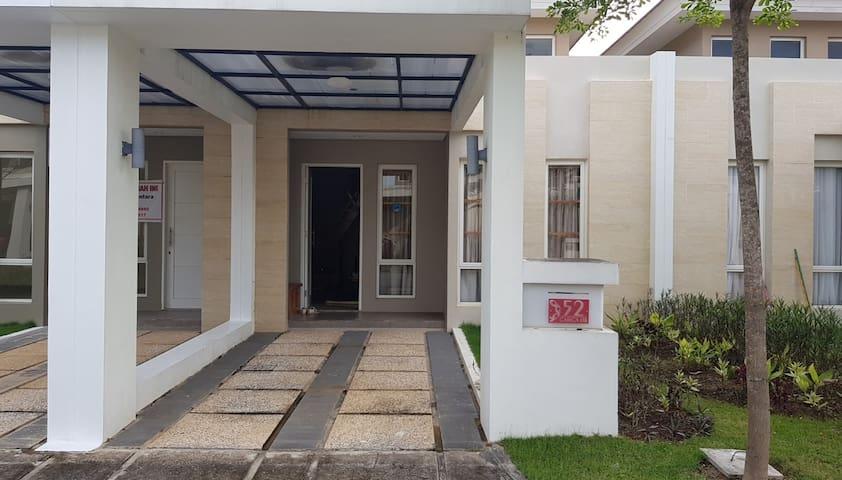 N852 house @Orchard Park, Batam
