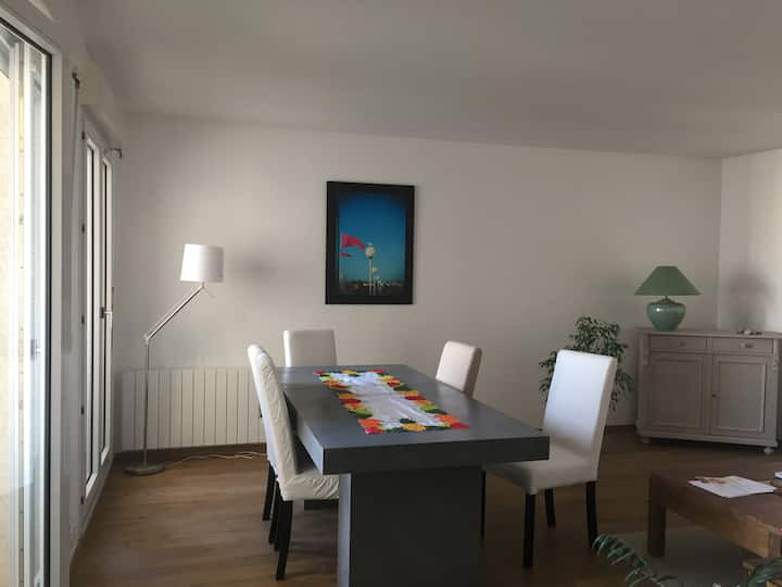 Apartment with terrace near TETE d'OR - 2 bedrooms