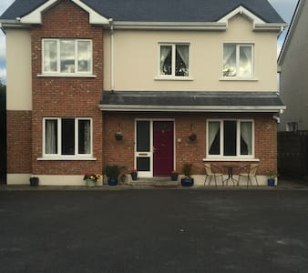 Teach Mor Bed & Breakfast - Portumna