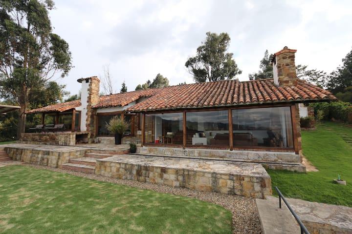 Casa de Campo Yerbabuena