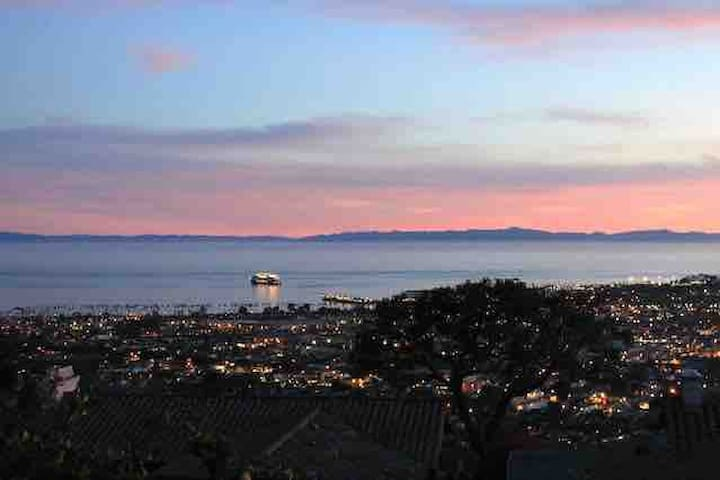 Ocean view suite on Santa Barbara Riviera