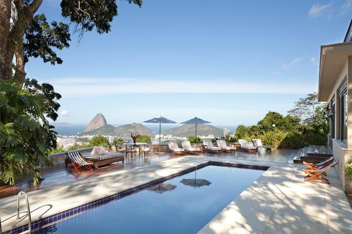 6 Bedrooms Villa in Santa Teresa