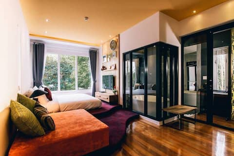 Stunning Std Room with Garden View at Monkey House